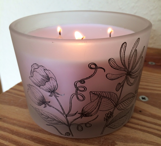 Waitrose Honeysuckle and Sweet Pea Scented Candle